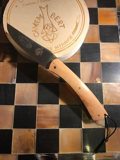 Couteau régional de Camembert en genévrier