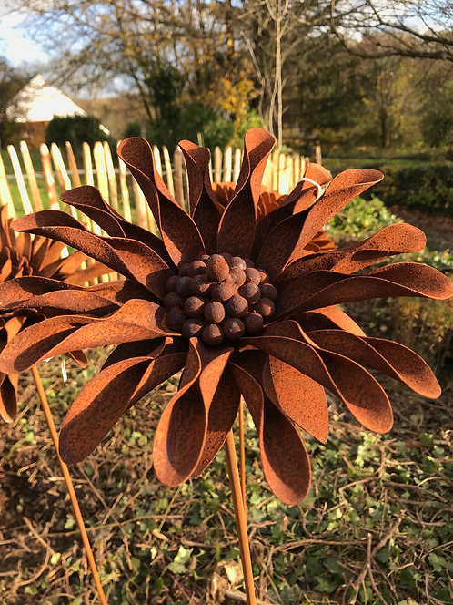 Fleur en métal  P
