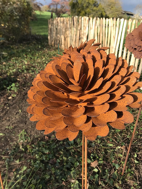 Fleur en métal  N