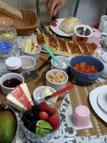 Café da Manhã Família Ribeiro