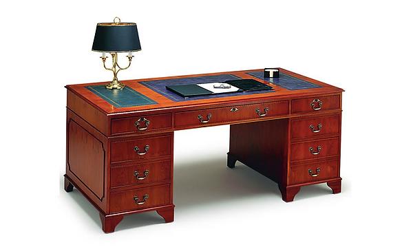 Executive Pedal Desk