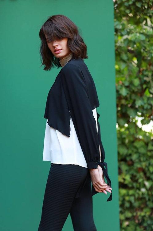 siyah beyaz ön yaka detay bluz