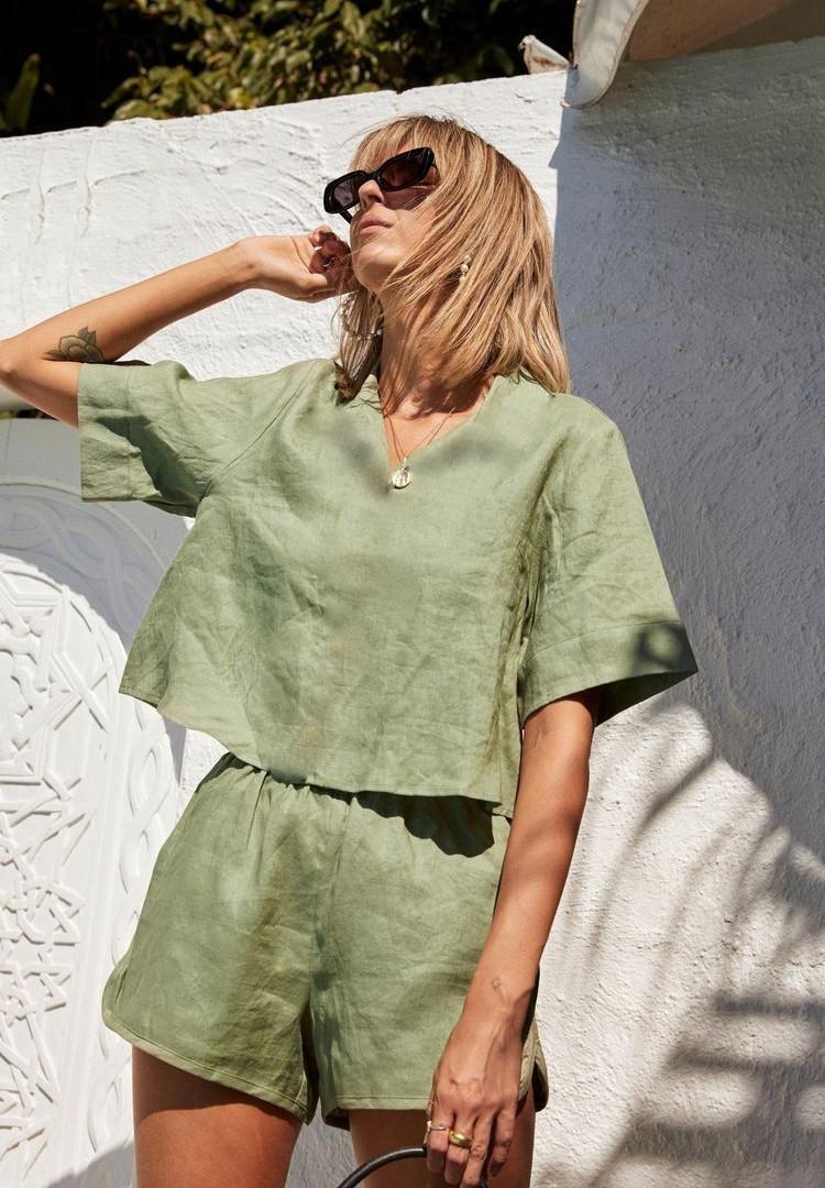 10 outfits elegantes verde militar que s