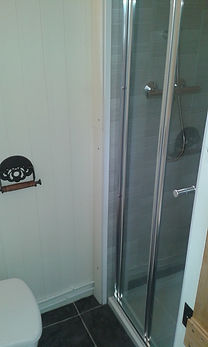 Fitted gas powered shower with no need for electric - can be used off-grid!