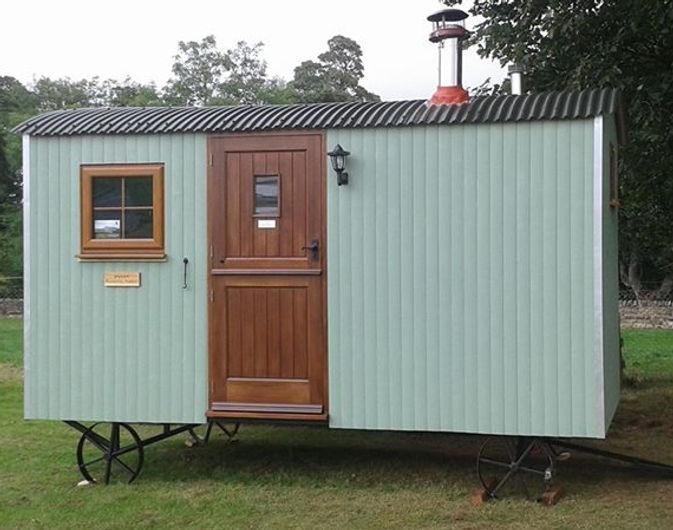 Glamping hut