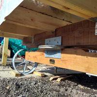 Nic Shaw's 14' hut 11.jpg