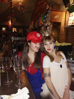Super Mario mit Prinzessin