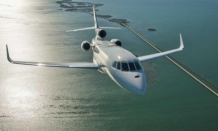 falcon 900.jpg