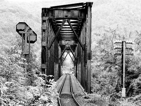 black-and-white-50272_1280.jpg