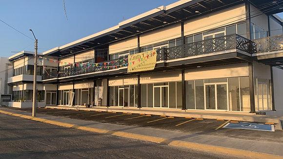 LOCALES EN PLAZA ZIMA100, LA HERRADURA