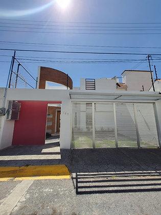 Excelente Casa en venta en Real del Valle