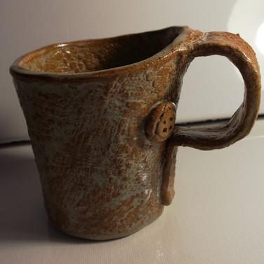 ceramic mugs (4).jpg