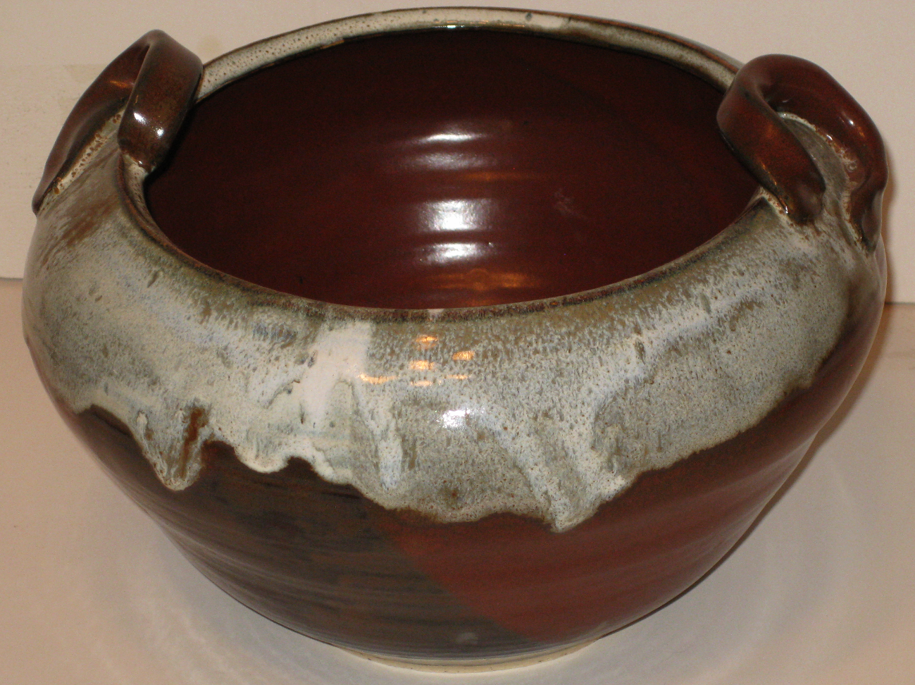 mole tapered bowl with handles