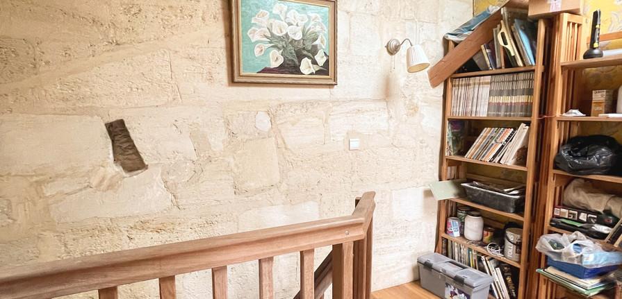 appartement-t4-fondaudge-escalier.jpg