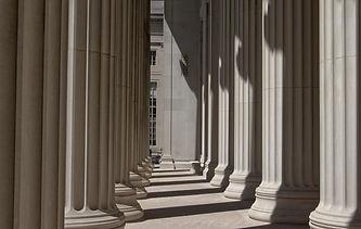 columns-5135499_1920.jpg