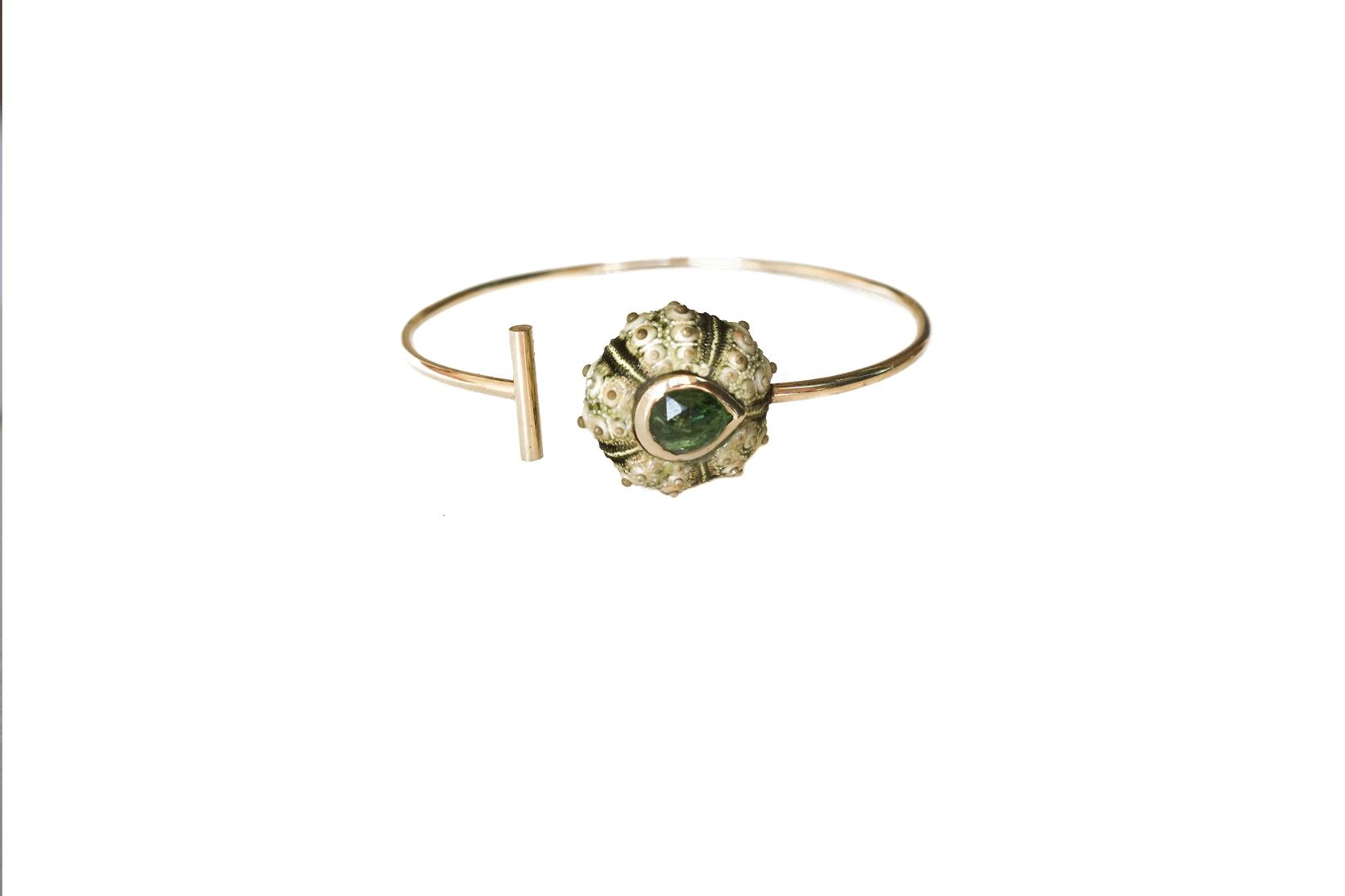 Moss Velvet Bangle - Green Garnet