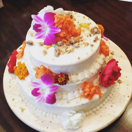CARROT CAKE FOR A WEDDING