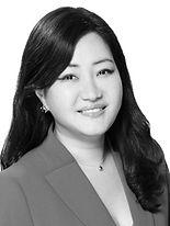 Rachel-Ji-Young_2109C-Linkedin-BW (002).