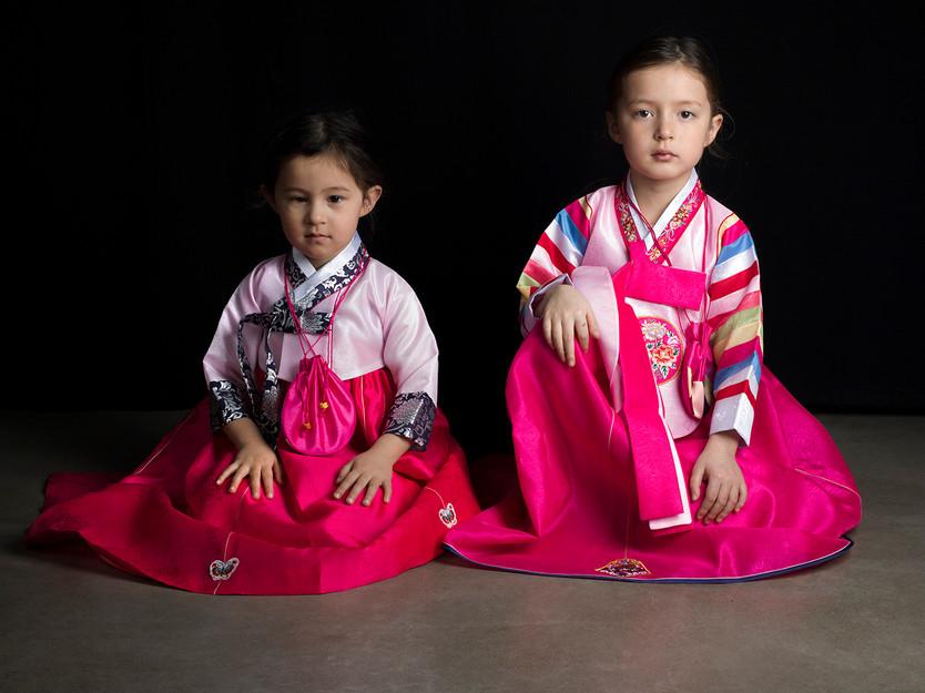 Hanbok, ( Déracinée ) (2016)