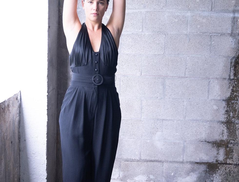 Elegant bare back Pantsuit
