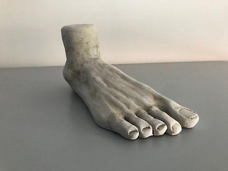 Pie, escultura
