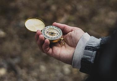 compass-2584230_1920.jpg
