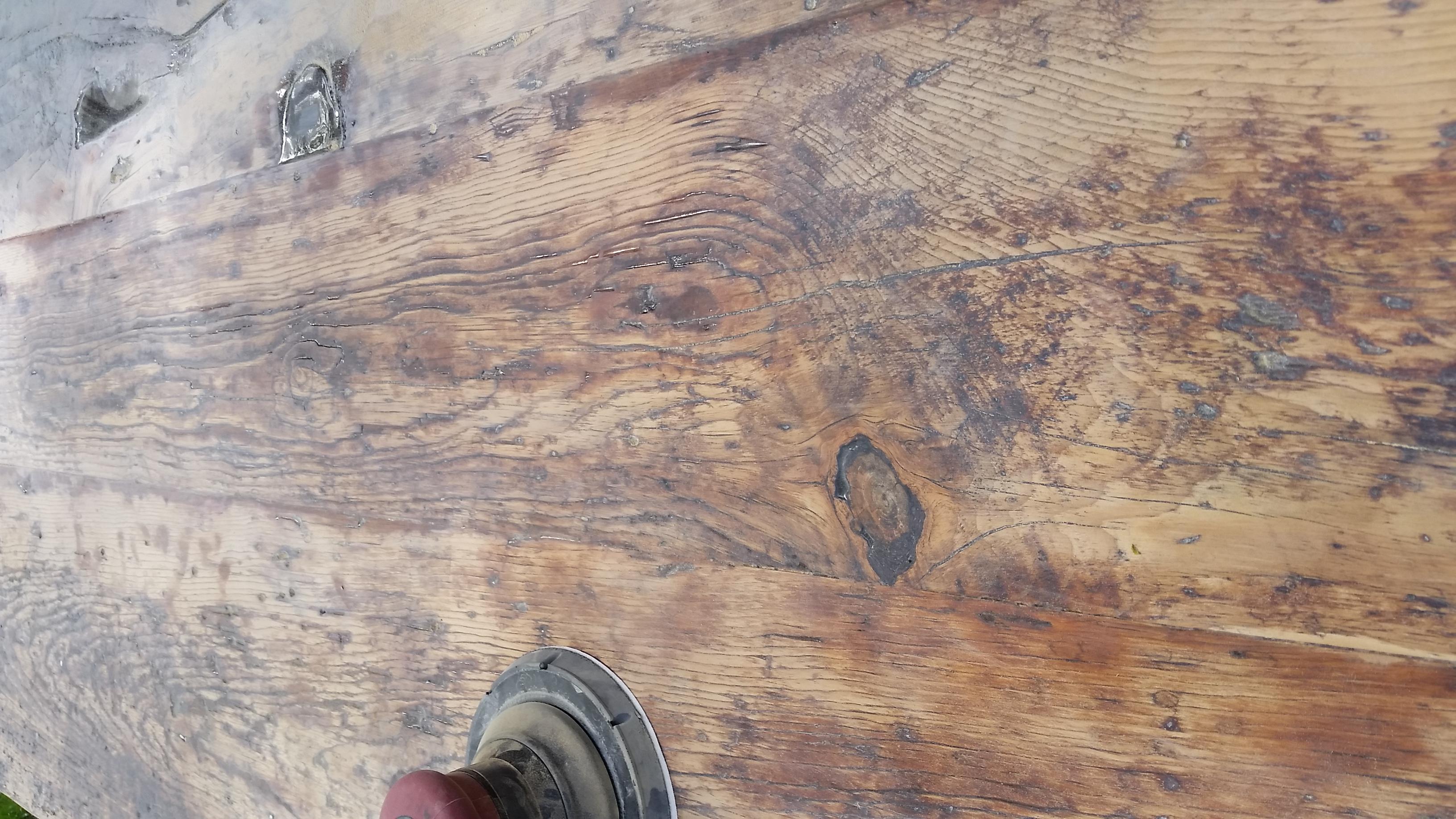 beautiful wood grain table