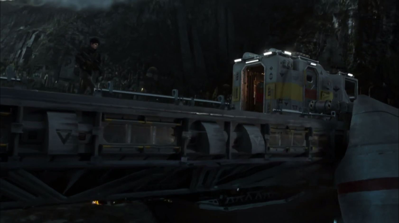 Alien Covenant movie lander barge
