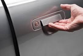 Dating Etiquette: Opening Car Doors
