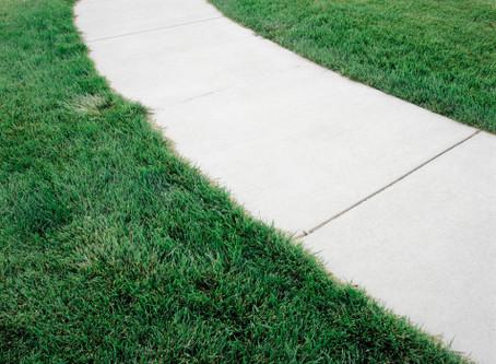 Dating Etiquette: Walking Outside