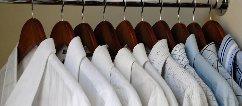 What does it mean when a Bochur wears a white shirt