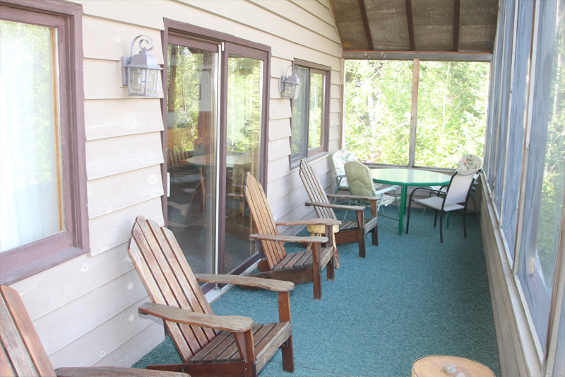 East Wind Screened-in Porch