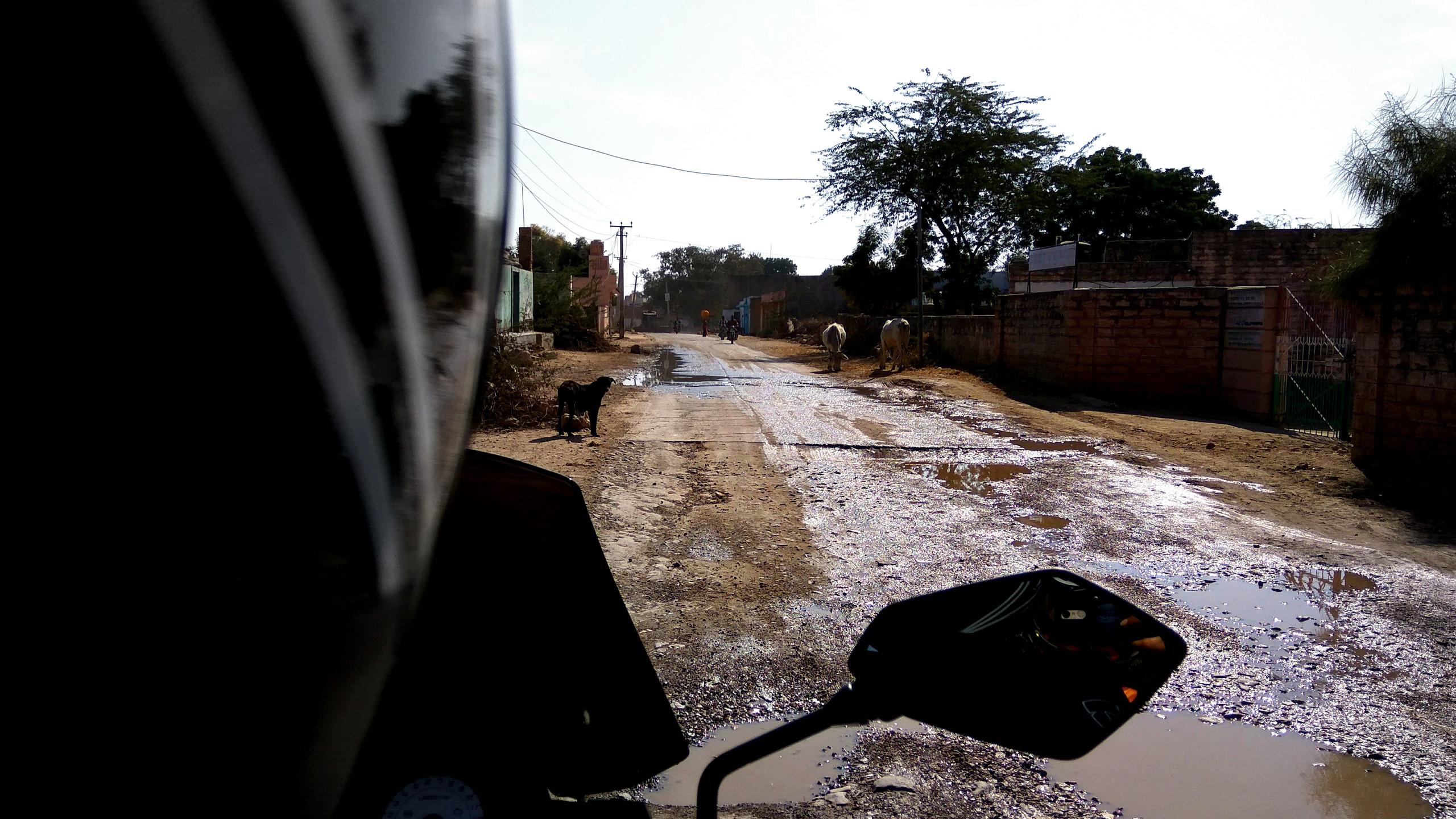 bad roads enroute jodhpur