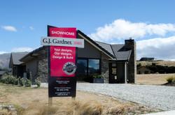 GJ Gardner open home sign