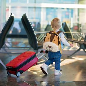 Kako funkcionira putovanje djeteta zrakoplovom bez pratnje roditelja