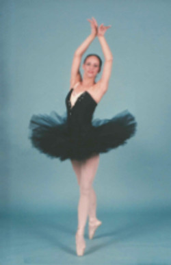 Stacey-BlackSwan-4thPosition