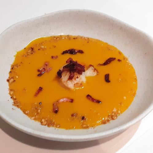 Velouté de butternut et noix de St Jacques poêlée au lard