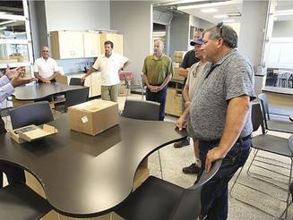 Hardman helps G2S: Owners impressed by new school
