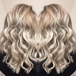 Balayage blond glacé