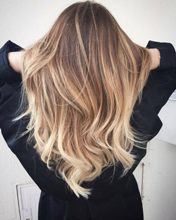 Coupe balayage gloss beige froid