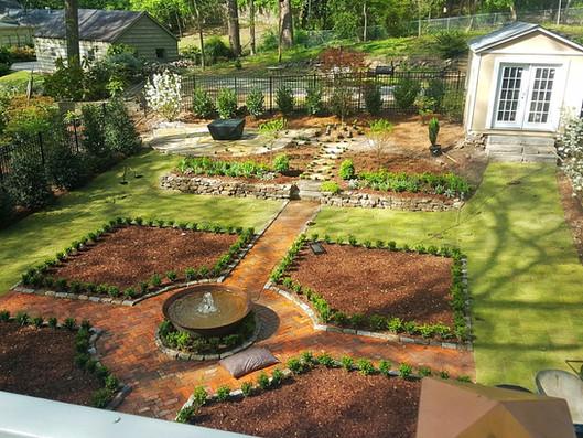 Sugar Kettle Fountain As Courtyard Center Piece