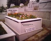 tek kişilik şerit mezar