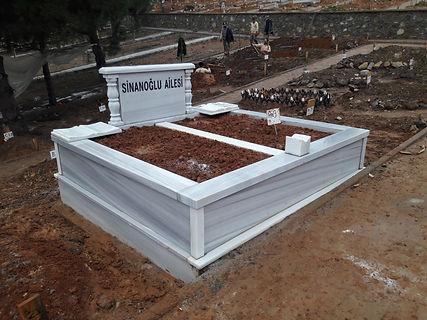 iki kişilik sutunlu mermer mezar