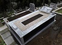 tek kişiilik baştaşı kitabe gövde grenit mezar