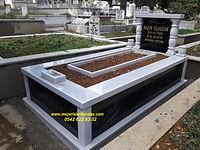 tek kişilik sutunlu mezar