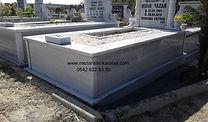 tek kişilik sutunlu mermer mezar