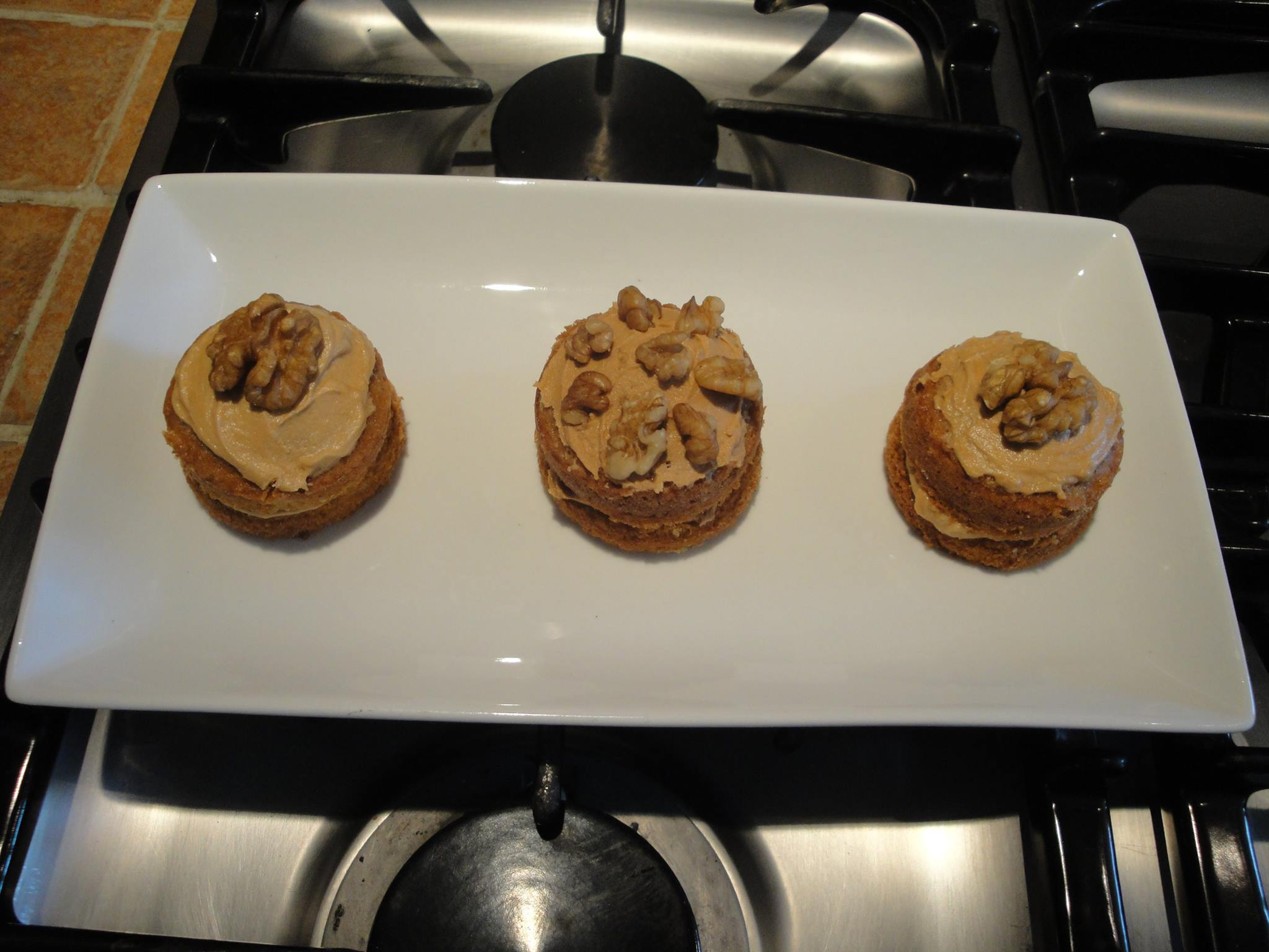 Tiny coffee and walnut sponges