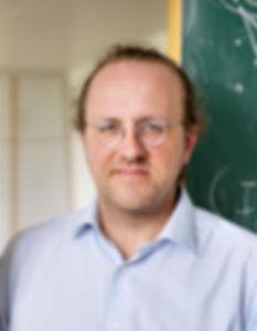 9-prof-bernhard-schoelkopf-head-of-depar