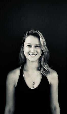 noosa-yoga-studio-teacher-pilates-hot-classes-studio-noosaville-tewantin-marina-harbour-australia-yoga-alliance-parkyn-court-sunshine-coast-massage-vinyasa-power-infrared-detox-fitness-health