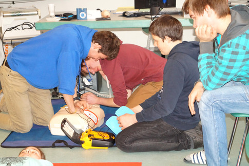 CPR-Reaimation am Phantom